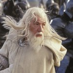 Sir Ian McKellen Returns To Middle Earth