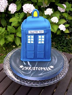 Fandomestic 10 Brilliant Doctor WhoThemed Cakes Fandomania