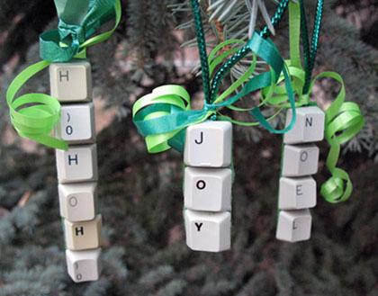 Fandomestic: 10 Handmade Geeky Christmas Ornaments | Fandomania