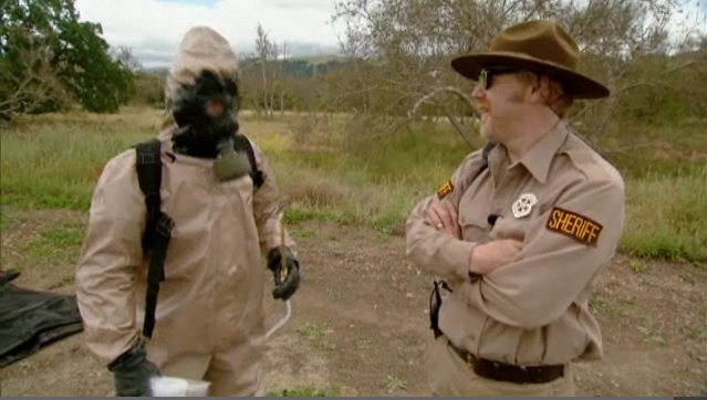 Jamie wears the Super No-Scent Suit to try to elude Sheriff Adam