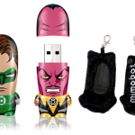 Contest: Win the Green Lantern Hal Jordan and Sinestro Mimobots!