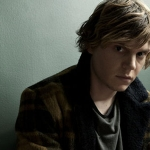 Fangirl's Guide to Evan Peters