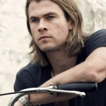 Fangirl's Guide to Chris Hemsworth