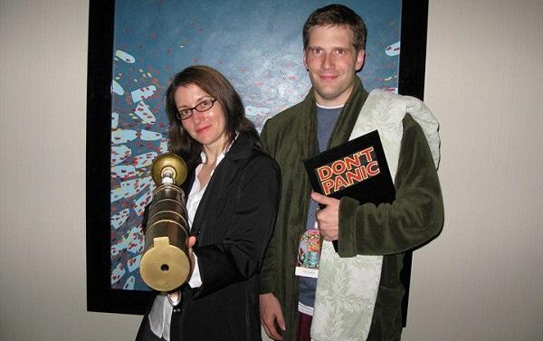 fandomanual-main-cosplay-couple-