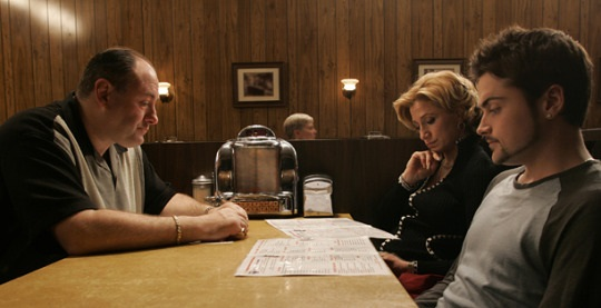 THE SOPRANOS Series Finale: James Gandolfini, Edie Falco, Robert Iler 2007