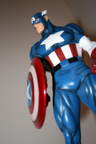 Bowen Designs Captain America Classic Statue 012