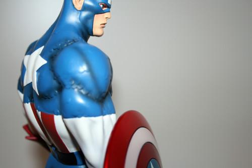 Bowen Designs Captain America Classic Statue 013