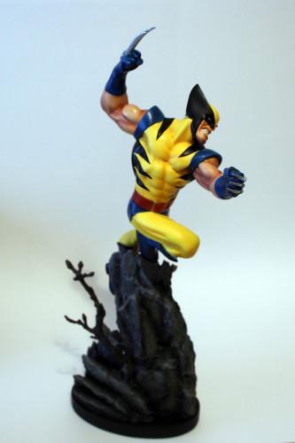 Bowen Wolverine Classic Action Statue 002