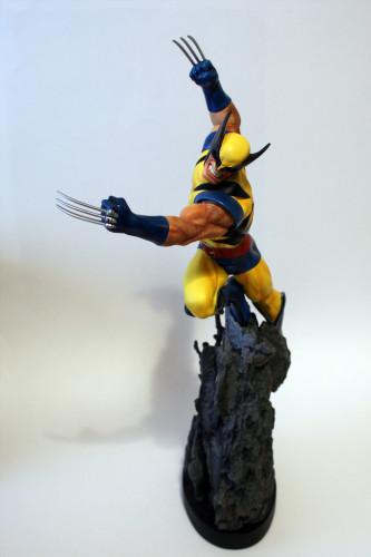 Bowen Wolverine Classic Action Statue 003