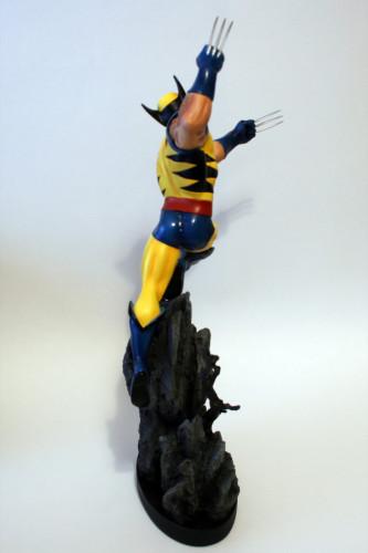 Bowen Wolverine Classic Action Statue 005