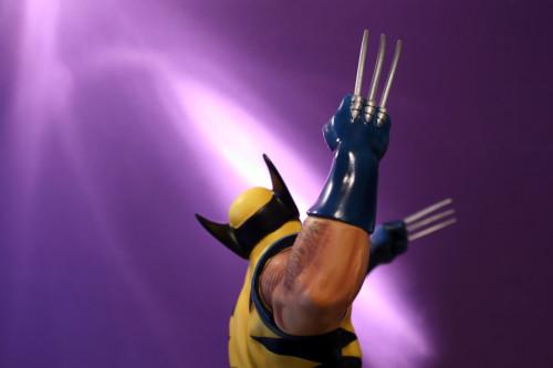 Bowen Wolverine Classic Action Statue 007