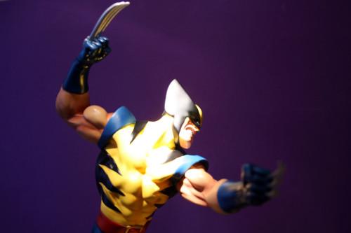 Bowen Wolverine Classic Action Statue 008