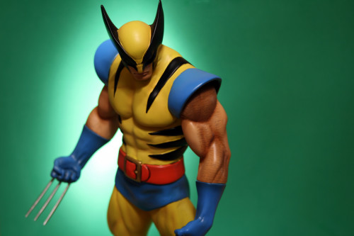Bowen Wolverine Classic Museum Statue 003