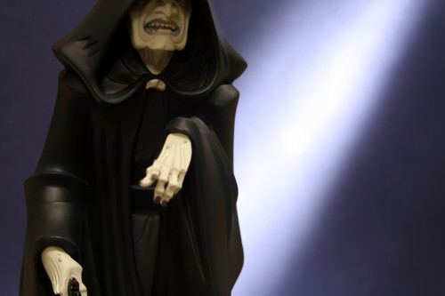 Emperor Palpatine Animated Maquette 006