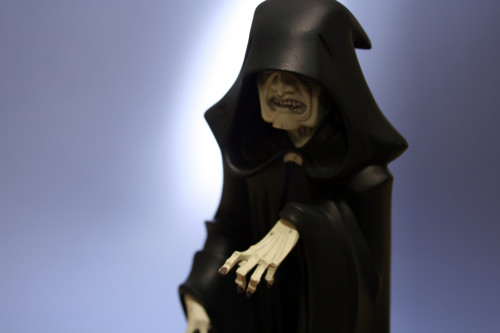 Emperor Palpatine Animated Maquette 008