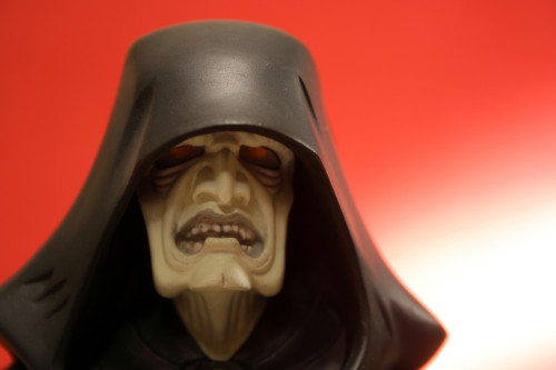 Emperor Palpatine Animated Maquette 011