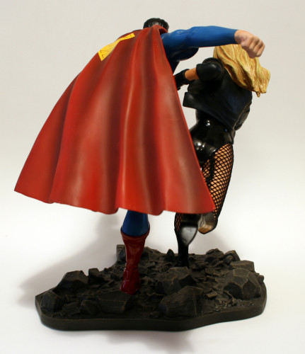 JLA Build A Scene Statue 2 Superman and Black Canary 003