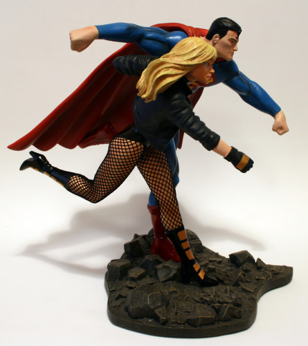 JLA Build A Scene Statue 2 Superman and Black Canary 004