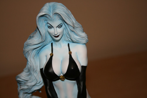 Moore Creations Lady Death Statue 017