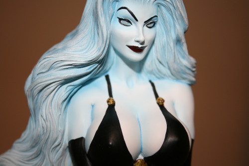 Moore Creations Lady Death Statue 025