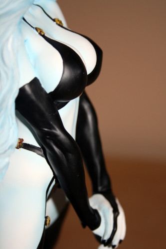 Moore Creations Lady Death Statue 028