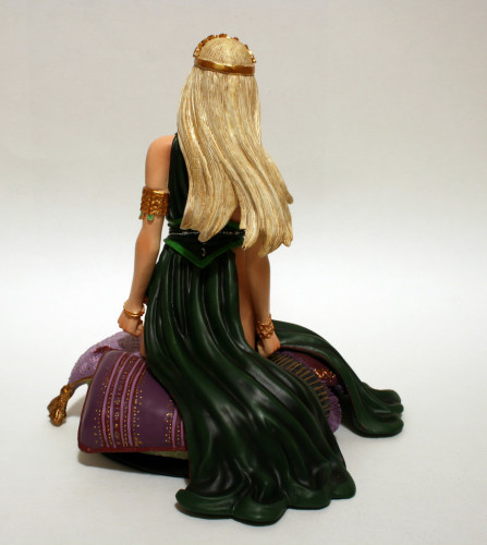 Song of Ice and Fire Daenerys Targaryen Variant Bust 003