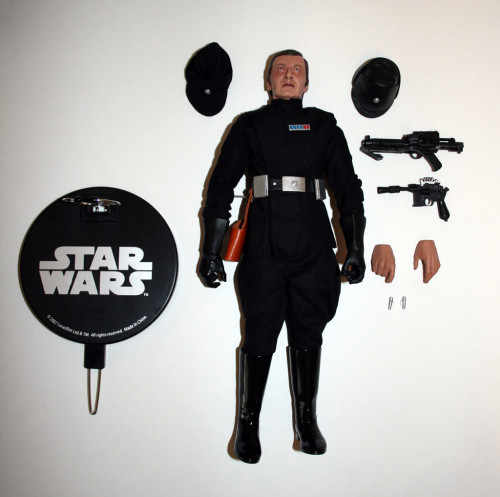 Star Wars 12 Inch Commander Praji - What Comes In The Box