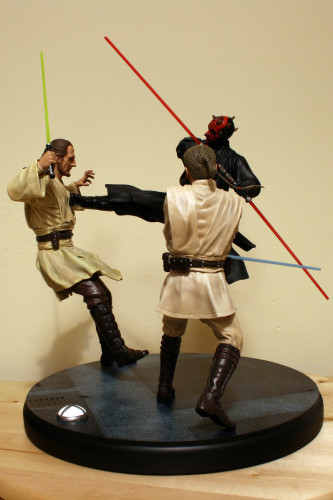 Star Wars Duel of the Fates Diorama Statue 001