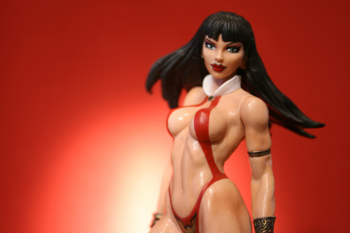 Vampirella Action Figure 006