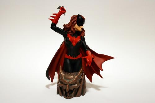 Women of DC Batwoman Bust 002