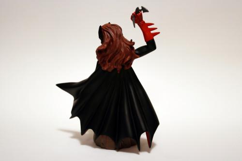 Women of DC Batwoman Bust 004