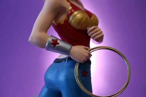 Women of DC Wonder Girl Bust 010